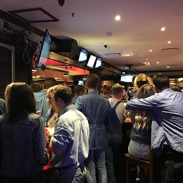 Denim pub crawl for the #saucony #wearewinterwarriors